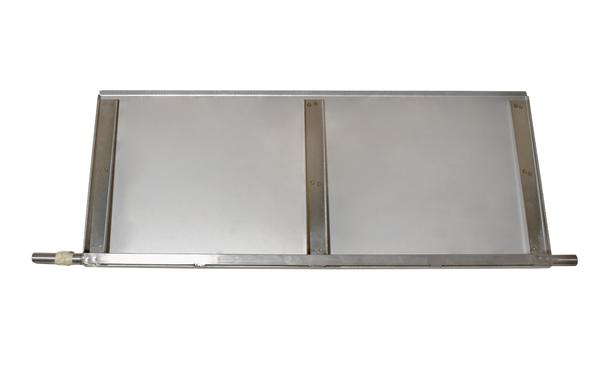 STACKER FOR DROP DOOR WITH REFLECTOR