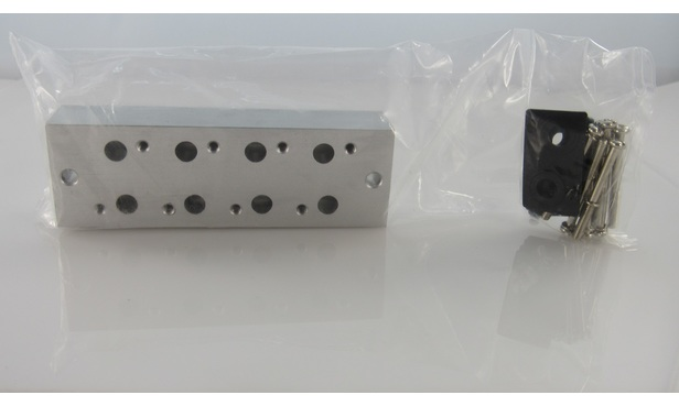 4-Port 3-way Manifold, WITH BLANKING PLATE